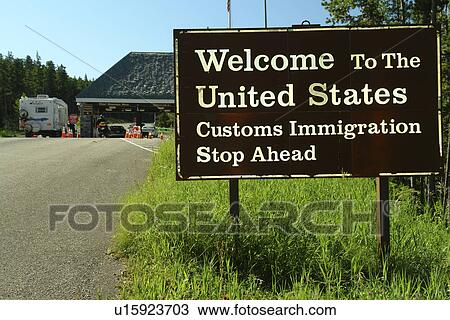 Stock Photo Of Alberta Canada MT Montana Border Crossing - Alberta us border crossings map