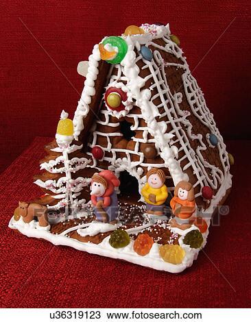 Banque de photo traditionnel pain pice biscuit maison d cor assorti bonbon et - Maison en biscuit et bonbons ...