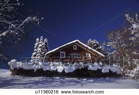 Archivio di immagini giorno blu cottage freddo for Piani di cabina e cottage