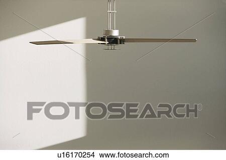 Archivio Fotografico - moderno, ventilatore soffitto, in, stanza bianca u16170254 - Cerca ...