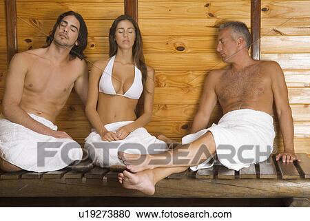 Порно со зрелыми в бане 64