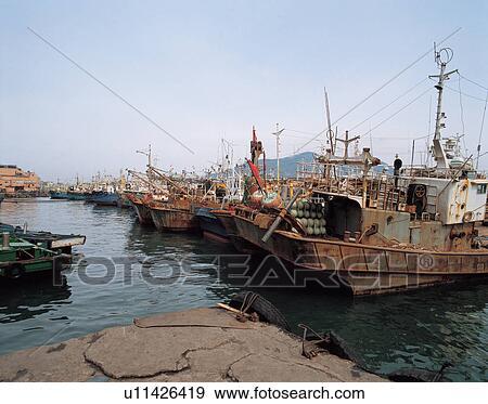 banque de photographies eau transport bateau paysage mer fishingboat transport eau. Black Bedroom Furniture Sets. Home Design Ideas