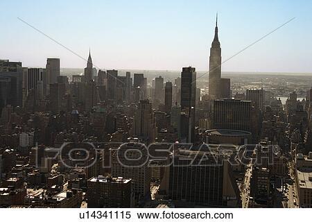 stock bild luftaufnahme von manhattan stadt skyline new york city u14341115 suche. Black Bedroom Furniture Sets. Home Design Ideas