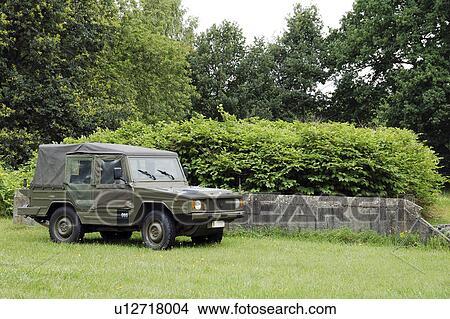 stock foto dass vw iltis jeep gebraucht per dass belgischen army u12718004 suche. Black Bedroom Furniture Sets. Home Design Ideas
