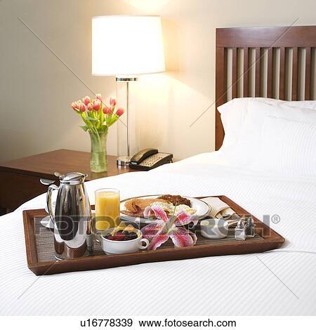 Colecci n de fotograf a bandeja de desayuno colocar - Bandeja desayuno cama ...