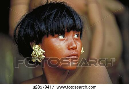 picture of yanomami young girl before painting south of