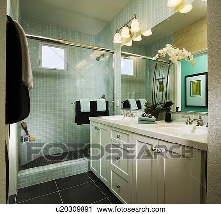 Archivio fotografico   elegante, blu, bagno, con, bianco, orchidee ...