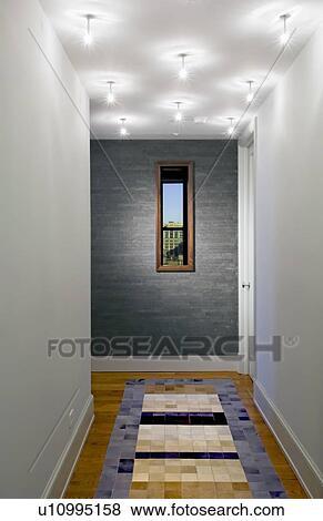 Immagini   moderno, corridoio, con, piastrella, e, pavimento legno ...
