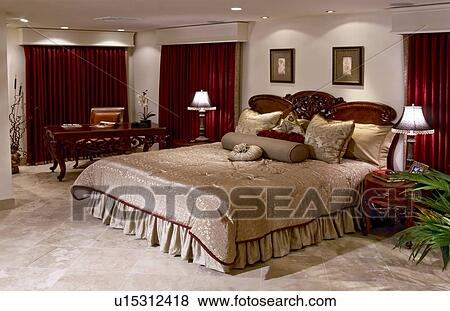 Pictures Of Large Master Bedroom With Red Curtains U15312418 Search Stock Photos Images