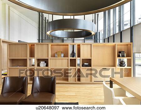 bild modernes holz b cherregal u20648097 suche. Black Bedroom Furniture Sets. Home Design Ideas
