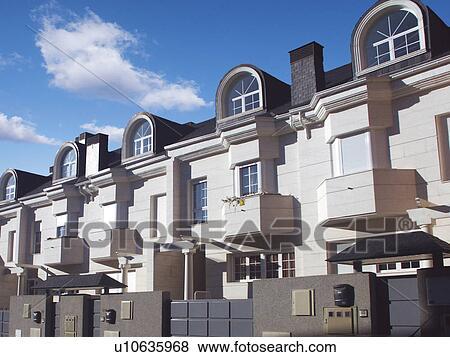 Immagini costruzione costruzioni architettura - Architettura casa moderna ...