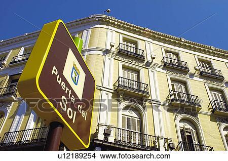 banque de photo urbain urbain d tails cartel signal madrid centre ville centre. Black Bedroom Furniture Sets. Home Design Ideas