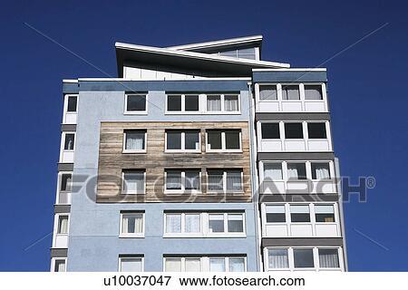 Image moderne immeuble u10037047 recherchez des for Image immeuble moderne