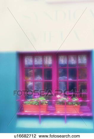 banque de photo ext rieur mur foyer mou magasin fen tre europe u16682712 recherchez des. Black Bedroom Furniture Sets. Home Design Ideas