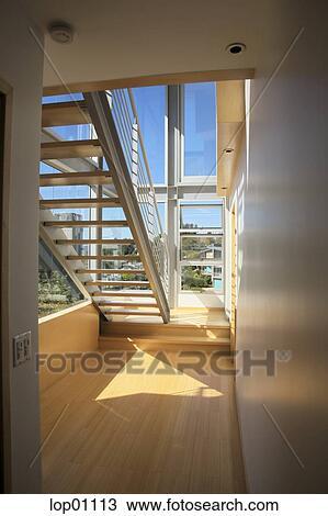 stock foto binnenste trap lop01113 zoek stockbeelden poster fotografie n beelden en