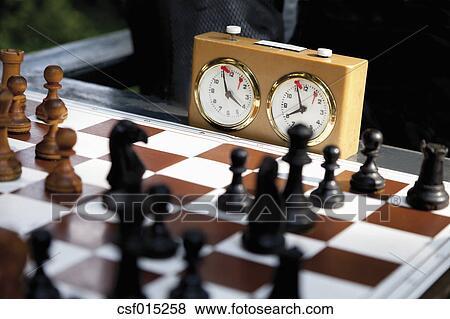 Bild - deutschland, nahaufnahme, von, schach spiel, mit, sekundenzähler, stoppuhr. Fotosearch - Suche Stockfotos, Bilder, Print Fotos und Foto-Clipart