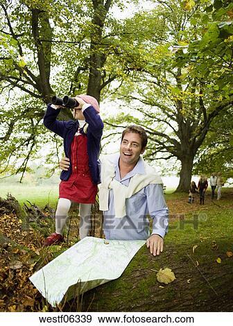 stock fotograf deutschland baden w rttemberg swabian bergwelt vater tochter 6 7 mit. Black Bedroom Furniture Sets. Home Design Ideas