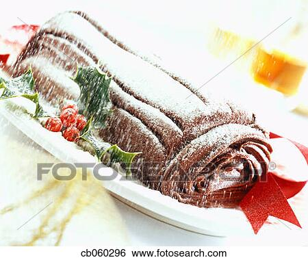 Cake Art Non Stick Sugar Powder : Stock Images of Yule Log Cake Covered in Powdered Sugar ...