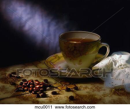 stock fotografie tasse kaffee und bohnen mcu0011. Black Bedroom Furniture Sets. Home Design Ideas