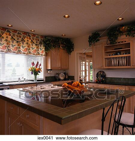 stock fotografie kueche insel iex0041 suche stockfotos fotos prints bilder und foto. Black Bedroom Furniture Sets. Home Design Ideas