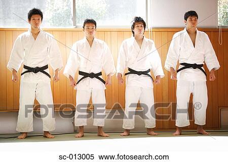 Lampada da tavolo in legno judo