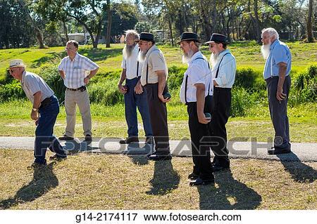 Florida, Sarasota, Pine Craft, Amish, Mennonite, community, winter retreat,  traditional, conservative, clothing, religious, Pinecraft Park, man,