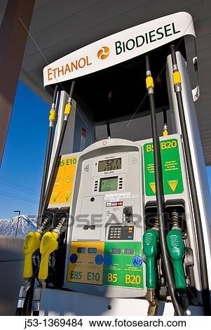 banque de photo biodiesel et thanol carburant pompe vente au d tail carburant