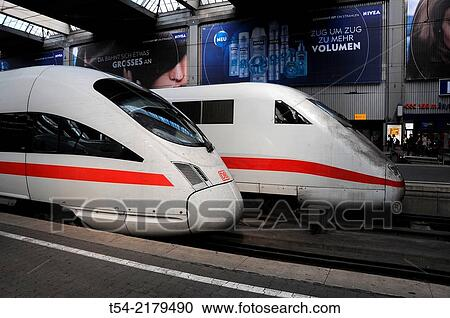 New And Old Ice Train In Munich S Hauptbahnhof Stock Image