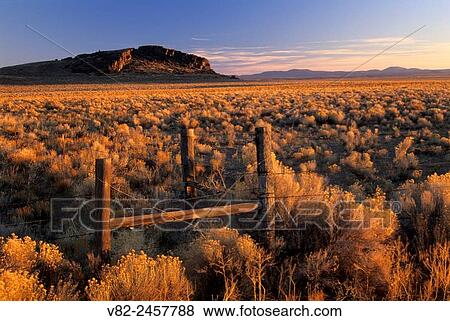 Christmas Valley.Ranch Fence Christmas Valley National Back Country Byway Oregon Stock Photo