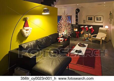 Stock Foto - hippe, stijl, woonkamer, met, helder, gele, muur ...