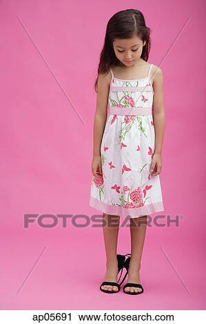 Young girl in heels pics 409