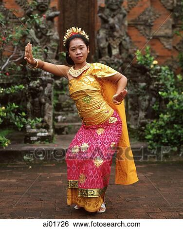 Indonesia Bali Woman In Traditional Balinese Dance Dress Stock