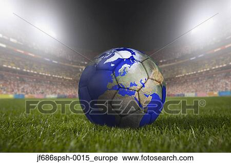 Fussball Ball Malen Mogen A Erdball Ruhen Gras In