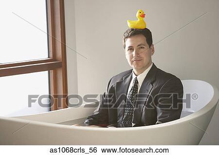 Badewanne Spanisch stock bilder spanisch geschäftsmann sitzen in a badewanne