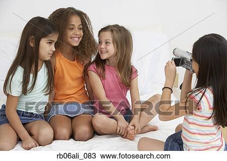 Giovani ragazze
