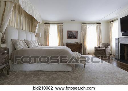 Fonkelnieuw Bankje, en, bed, in, sierlijk, slaapkamer Stock Afbeelding HG-11