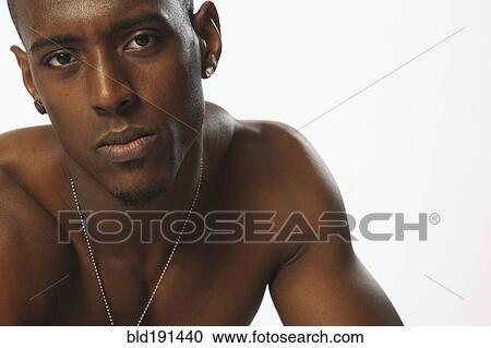 Naakte Afrikaanse beelden