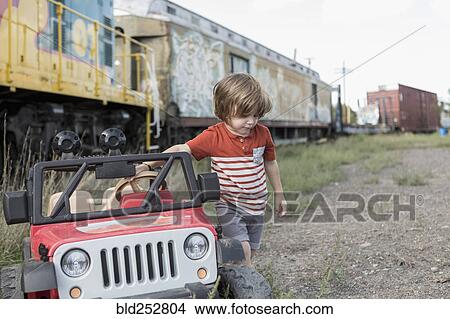 Junge Zug