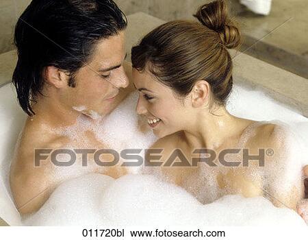 Bathroom lesbians @ Aloha Tube