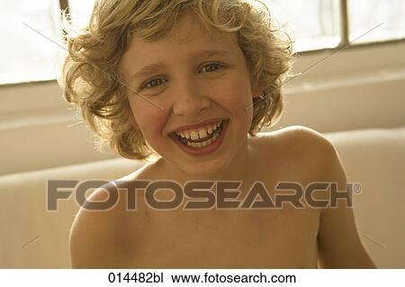 Laugh smile naked