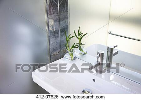Archivio di immagini lavandino in moderno bagno 412 07626