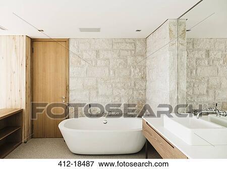 96c356ac2f Archivio Fotografico - pareti pietra, dietro, ammollo, vasca, in, moderno,
