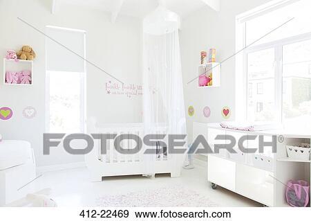 Vistoso Dosel Bebé Pesebres Muebles Friso - Muebles Para Ideas de ...