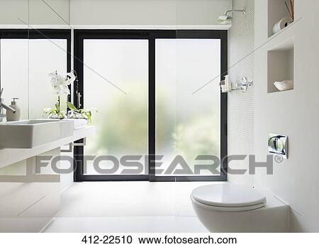 Stock Fotografie - witte, schoonmaken, hippe, badkamer, met, frosted ...