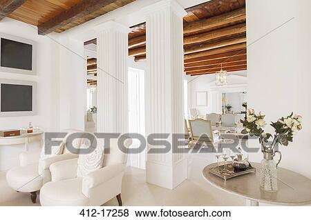 Immagini - lusso, soggiorno, con, colonne 412-17258 - Cerca Archivi ...