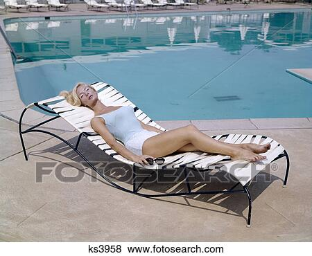 Fine 1960S Elegant Tall Blond Woman In Bathing Suit Reclining On Short Links Chair Design For Home Short Linksinfo