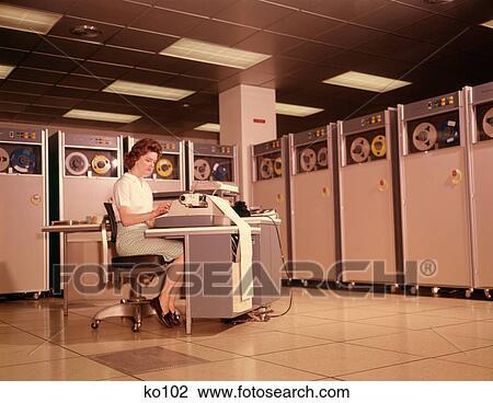 Colección de foto - 1960s, mujer, entrada de datos, computadora, b ...