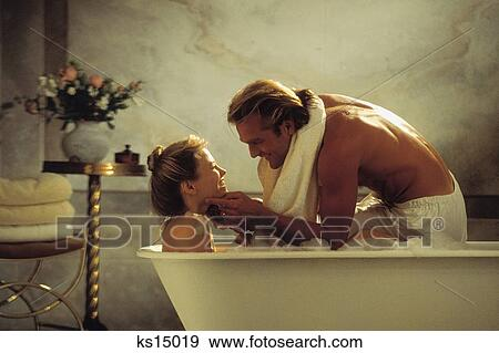 Romantic Couples Bath Bathe Bathroom Couple Home
