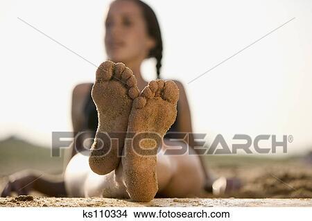 Feet of teen