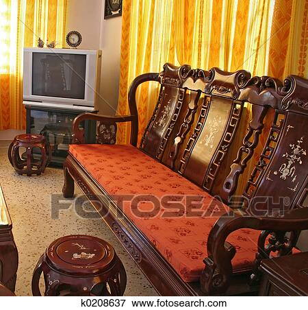Living room furnished with antique Chinese rosewood furniture. - Picture Of Antique Chinese Rosewood Furniture K0208637 - Search